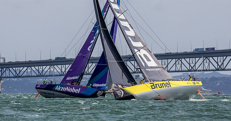 Team AkzoNobel en Team Brunel, d