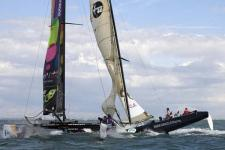 Aanvaring tussen BMW Oracle Racing en BT