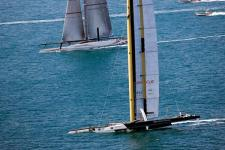 BMW Oracle Racing domineert America's Cup race 1