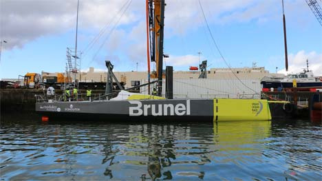 Brunel boot te water