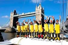 Team Gitana aan Tower Bridge