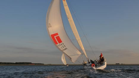 Lender wint 6de Twilight Race