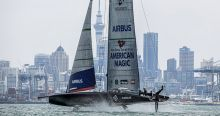 Gelijkspel voor New York Yacht Club American Magic en Emirates Team New Zealand