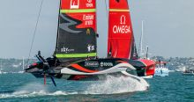 Emirates team New Zealand wint de PRADA ACWS Auckland
